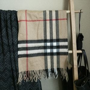Burberry Accessories - 🏁 Burberry Classic Giant Check Cashmere Scarf